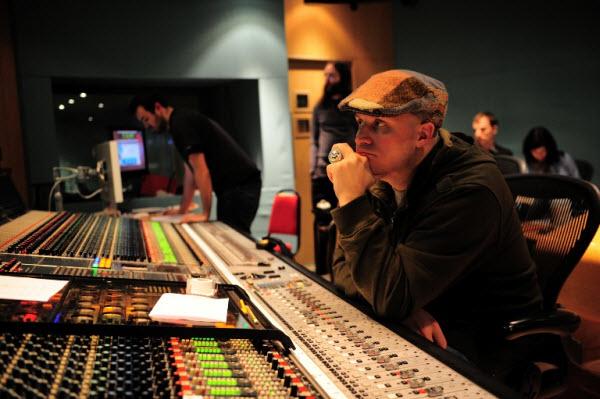 где учиться на продюсера